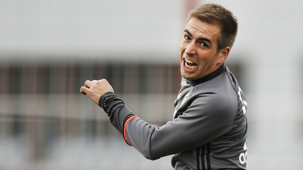 Lahm: Blame Dortmund, not Bayern, for uncompetitive title race