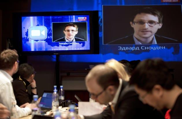 Snowden reports NSA employees intercept, share private nude photos