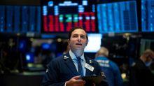 Wall Street en net repli, assommée par le ralentissement de l'activité manufacturière