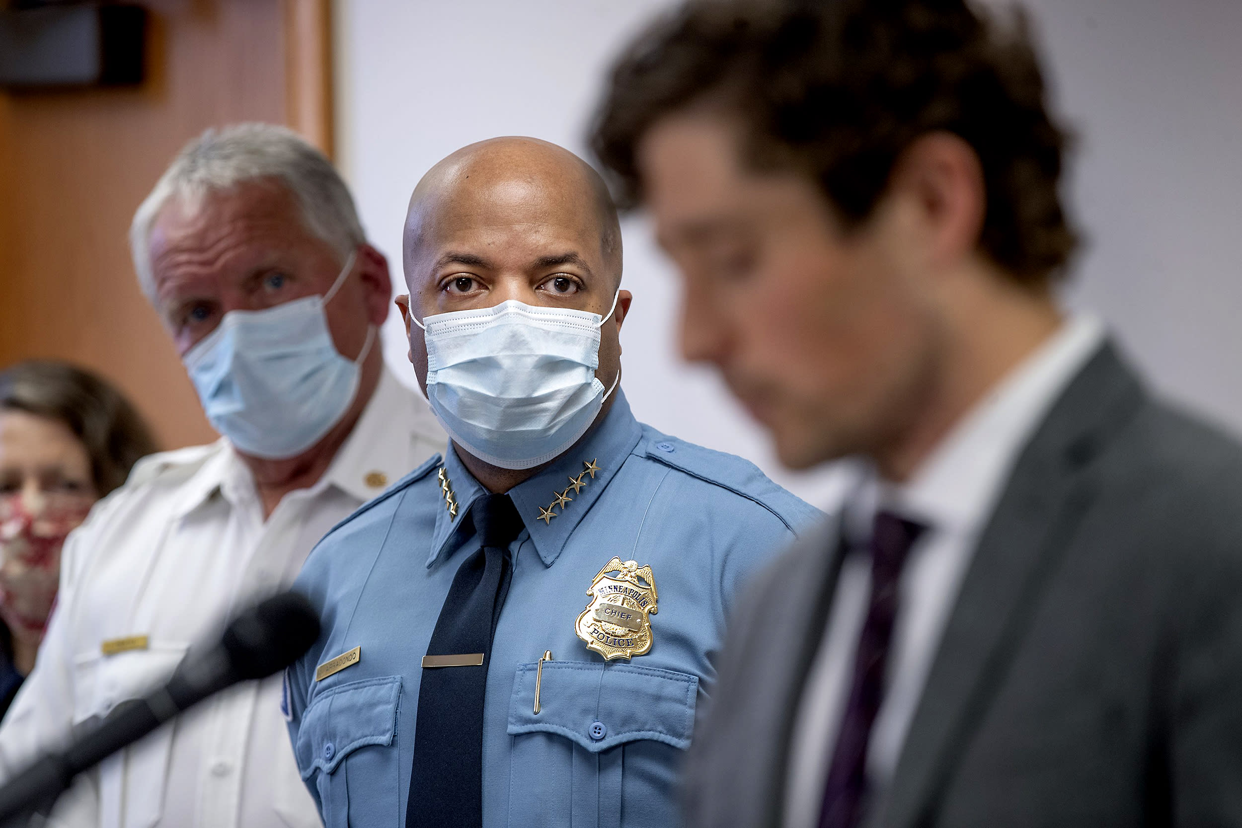 Minneapolis commission takes up proposal to disband police