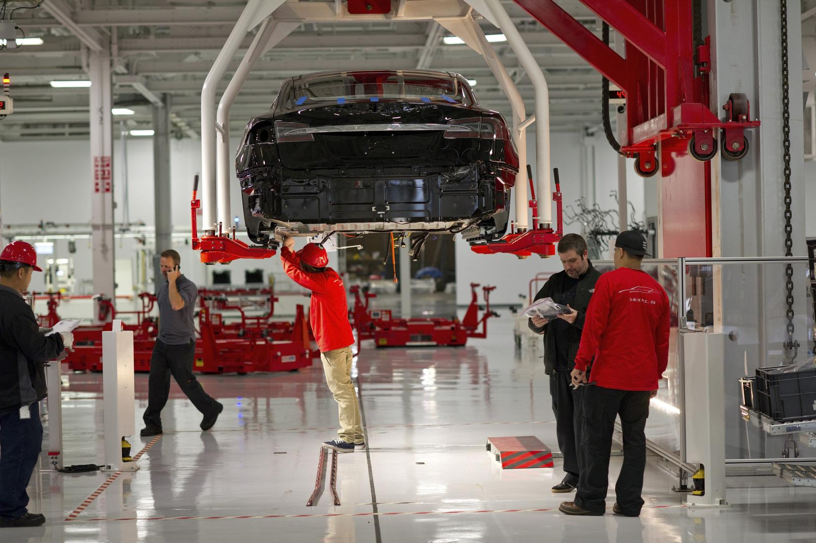 Tesla Forced Staff to 'Renew Their Vows' After Leaks to Media