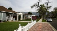 Dead deals, slashed prices: Coronavirus drags down Southern California home sales