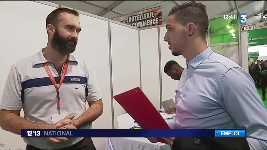 Ch mage ouverture du salon paris pour l 39 emploi - Salon emploi paris 2015 ...