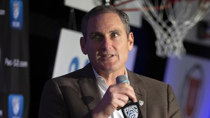 Not-so-great Scott leaves Pac-12 a mess