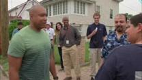 Bernie Williams comes to the aid of Sandy victims