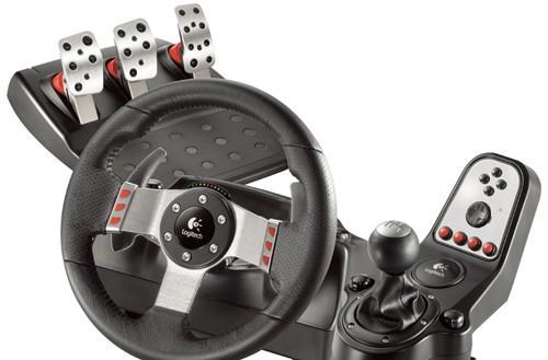 Logitech's $300 G27 racing wheel gives sidelined DUI possessors a taste of the road