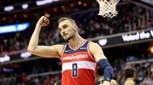 Report: Raptors sign former NBA player Sam Dekker