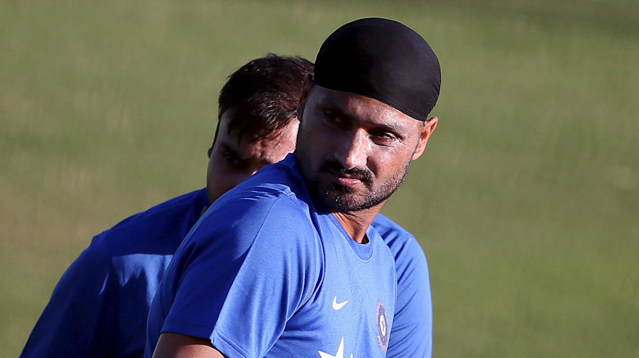 India Should Avoid Playing Pakistan in the WC: Harbhajan Singh