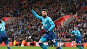 Giroud helps Arsenal nab point at Southampton