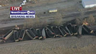 2 Trains Derail Near Topeka