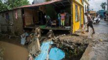 Huracán Isaías azota Bahamas y avanza hacia Florida, en plena crisis del coronavirus