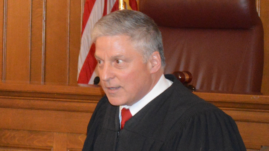 Judge dies after having heart attack on bench