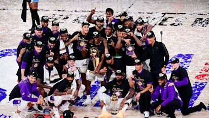 At last, Lakers unveil championship banner