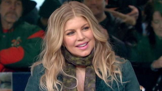 Fergie Gives Makeovers in Times Square