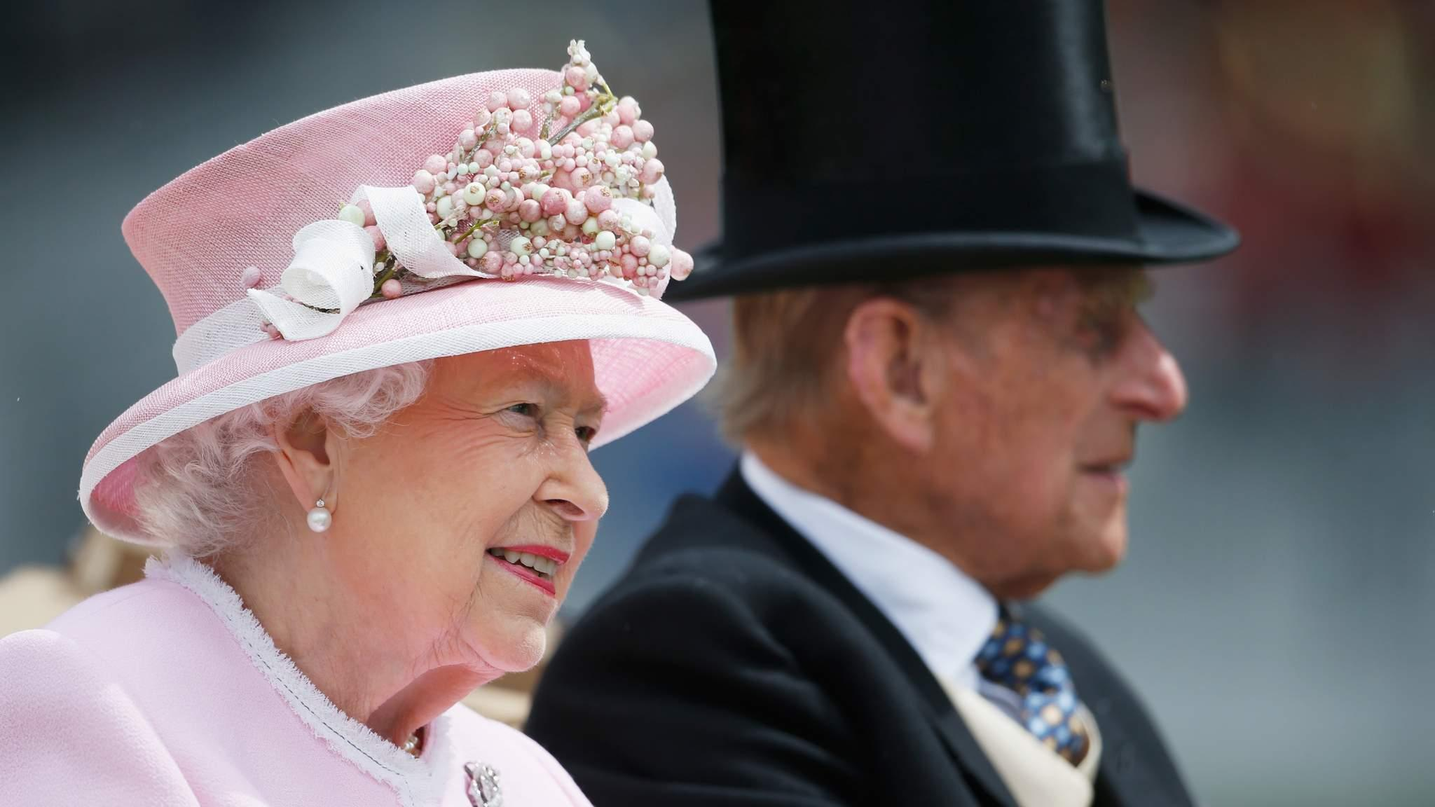 Monarchy cost uk taxpayers gbp40m last year for Küchenzeile 2 40m