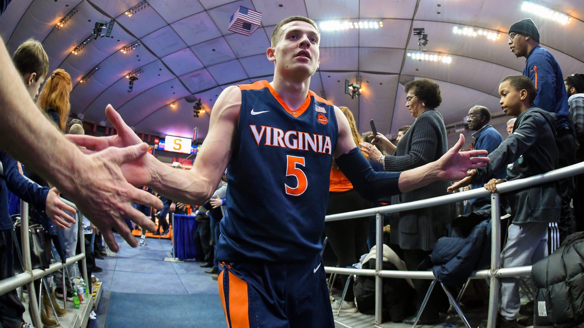 College Basketball Coaches Poll Virginia Is No 1