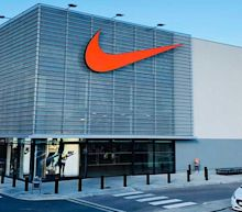 Dow Jones Stocks To Buy And Watch In August 2020: Nike, Pfizer, Visa, Walmart