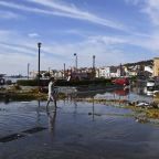 Quake strikes Turkish coast and Greek island, killing 19