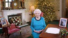 Leckeres Weihnachtsgeschenk: Die Queen gibt einen aus