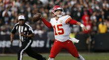 Chiefs' Patrick Mahomes says he can hit 80-plus yards in throw-off with Bills QB Josh Allen