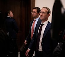 Trump holds 'constructive' meeting with Facebook CEO Mark Zuckerberg