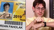 Ce lycée a laissé ses élèves se déguiser pour leur photo de rentrée et ça vaut le détour