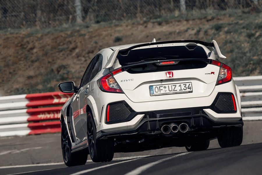 哪輛Honda這麼狂?Porsche GT3 RS都要讓路!