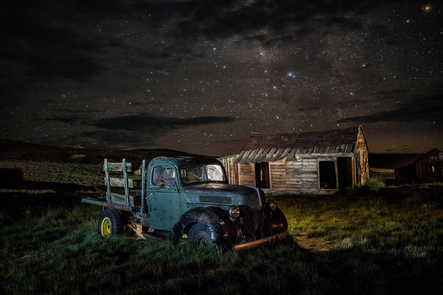 Photos abandoned real life ghost town for Abandoned neighborhoods in america