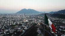 Por qué se contrae la economía mexicana