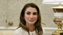 Rania de Jordania se anota un tanto con un 'culotte' de Zara