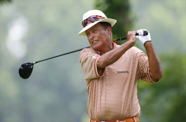 chi chi rodriguez hit himself in the leg with a ball during big break cameo. Black Bedroom Furniture Sets. Home Design Ideas
