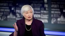 Yellen picks top Fed banking regulator as acting comptroller