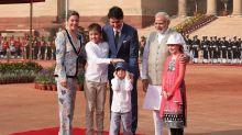 El matrimonio Trudeau decide enviar a sus tres hijos a la escuela
