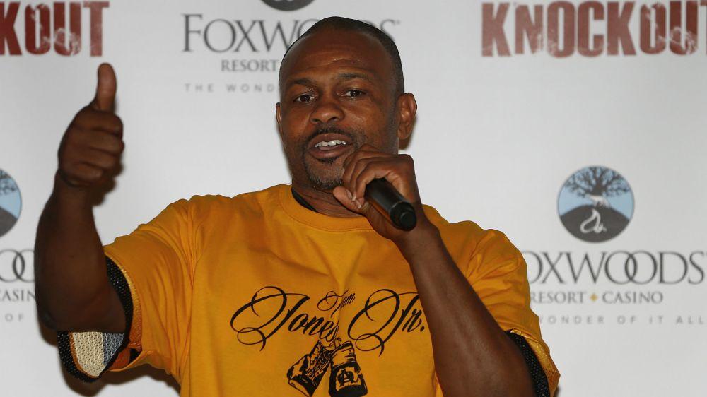 Veteran Roy Jones Jr to continue fighting