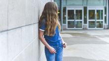 Prof accusato di far sesso con l'alunna 15enne. 10 anni prima condannato per lo stesso reato
