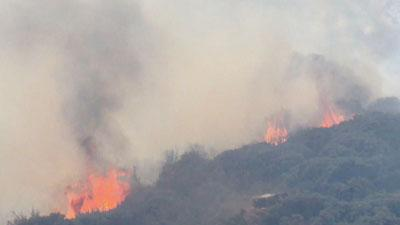 Raw: Calif. Fire Grows Slightly, Threatens Homes