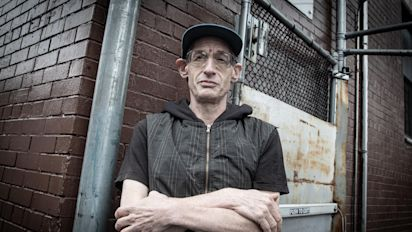 Ex-teacher details what it's like to be homeless