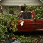 Death toll from storms lashing central U.S. rises to seven