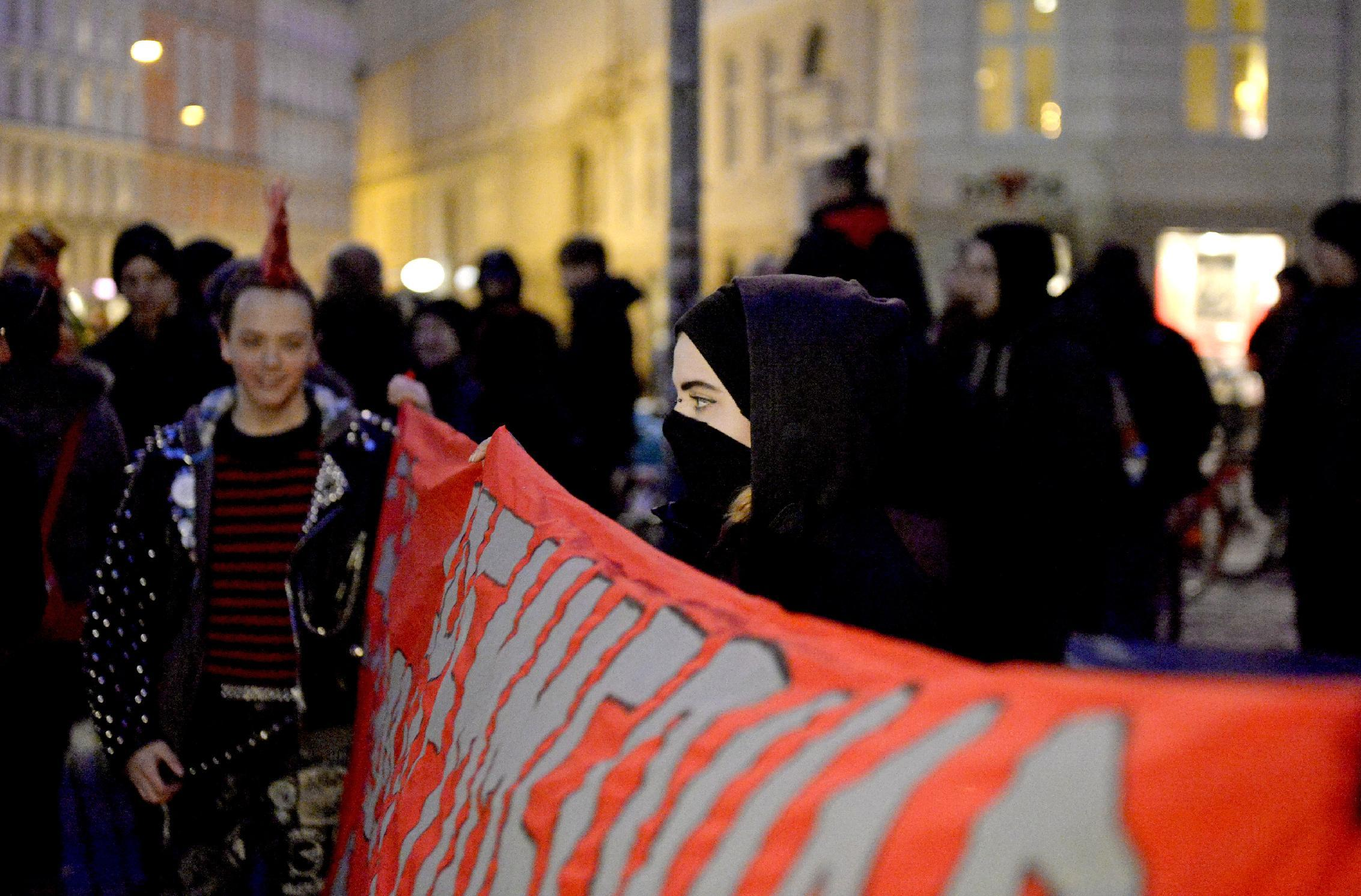 Anti-PEGIDA Denmark protesters hold a counter demonstration in Copenhagen on January 19, 2015 (AFP Photo/Christian Liliendahl)