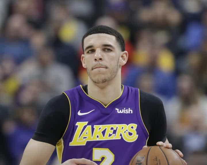 new arrival 2ff10 35a74 Lakers PG Lonzo Ball reportedly won't be ready for training ...