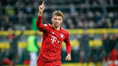 Löw admite que Müller e Hummels podem voltar à seleção alemã