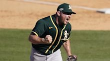A's Liam Hendriks named AL Reliever of the Year