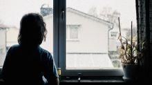 Ab welchem Alter können Kinder allein zu Hause bleiben?