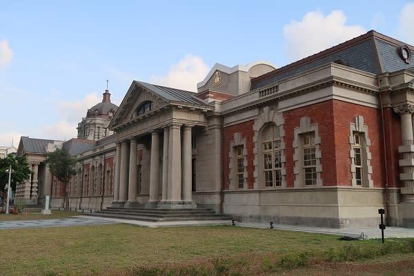 充滿歷史的百年建築司法博物館(舊台南地方法院)