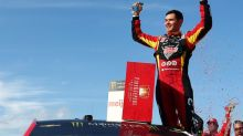 Kyle Larson beats Chase Elliott at Michigan again, takes points lead