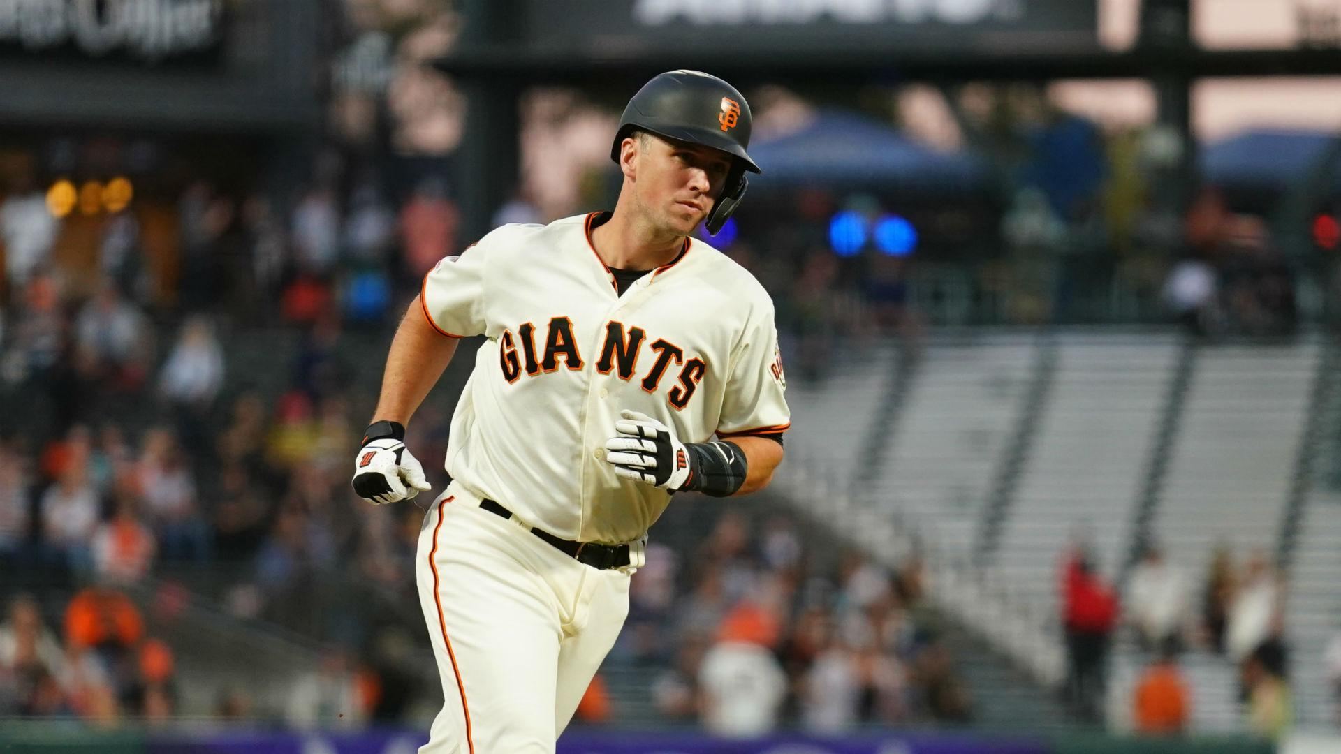 Giants catcher Posey misses second straight workout for 'personal issue'