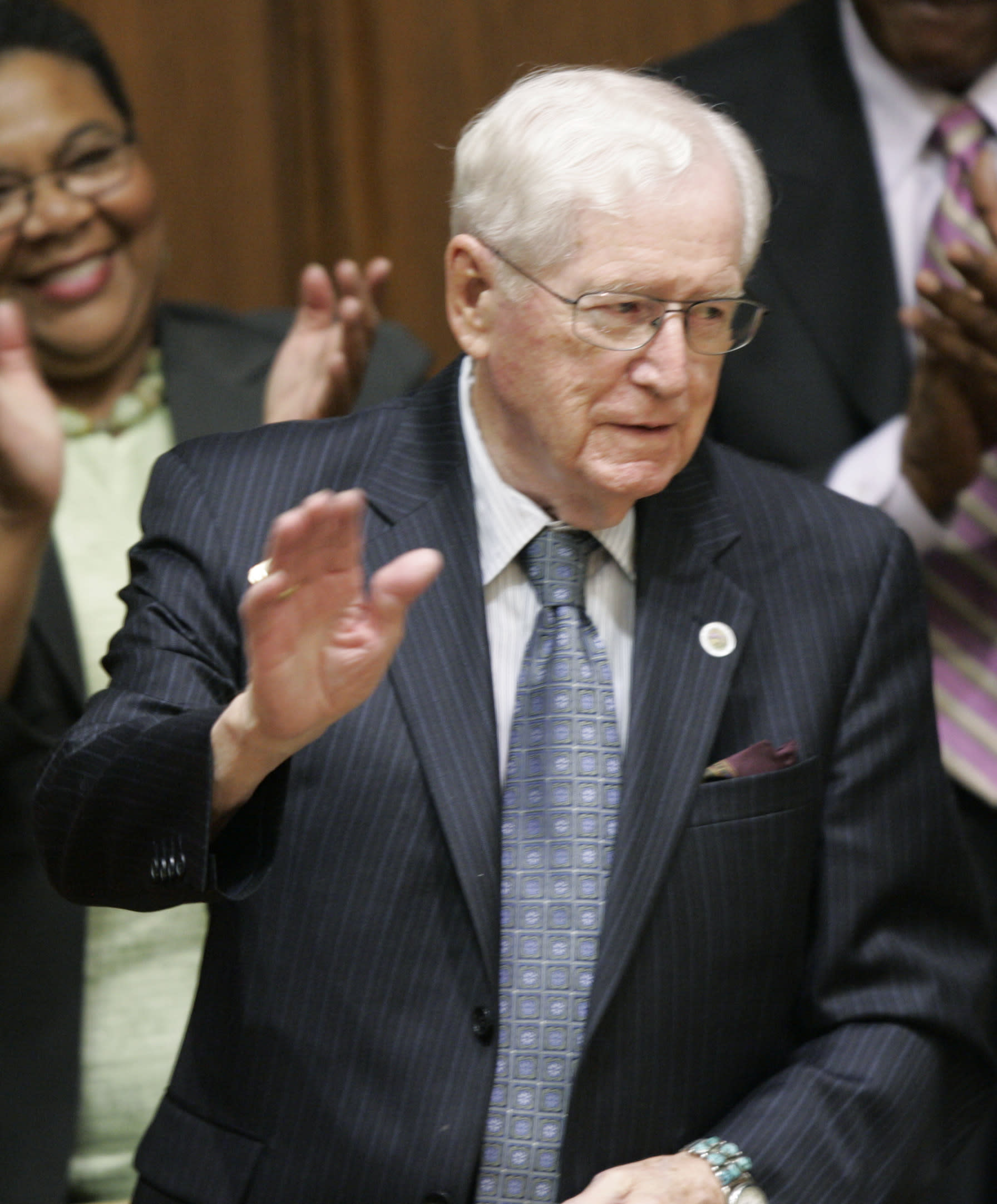 Ex-Ind. Governor, HHS Head Otis Bowen Dies At 95