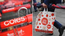 'Infuriating': Customers rage against Coles' new bagging policy