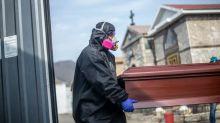 Qué está pasando en Perú para que sea el país con la mayor tasa de mortalidad entre los más afectados por la pandemia