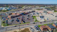 West Side shopping center sells for $15.25 million